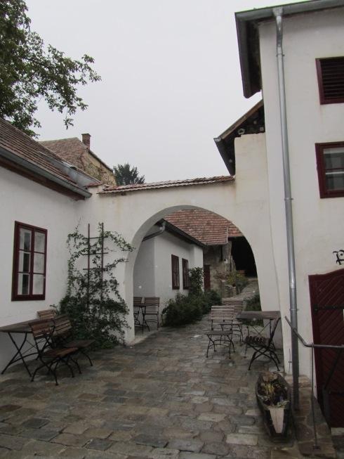 A typical Kamptal inner courtyard